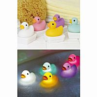 Duck Bath Light Yellow